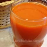 Agua de apio y zanahoria