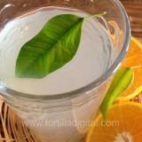 Agua de hojas de naranjo