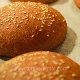 Hamburguesas sobre pan integral