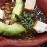Salsa de chile ancho con cacahuate